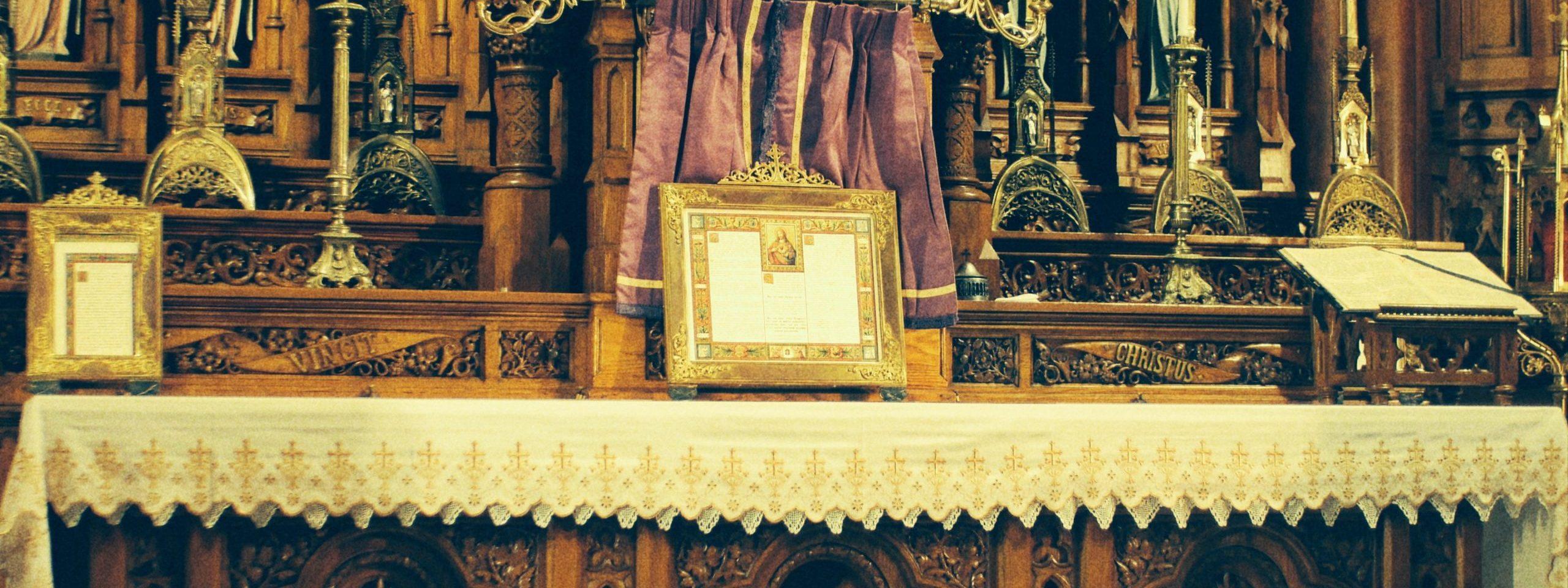 requiem altar